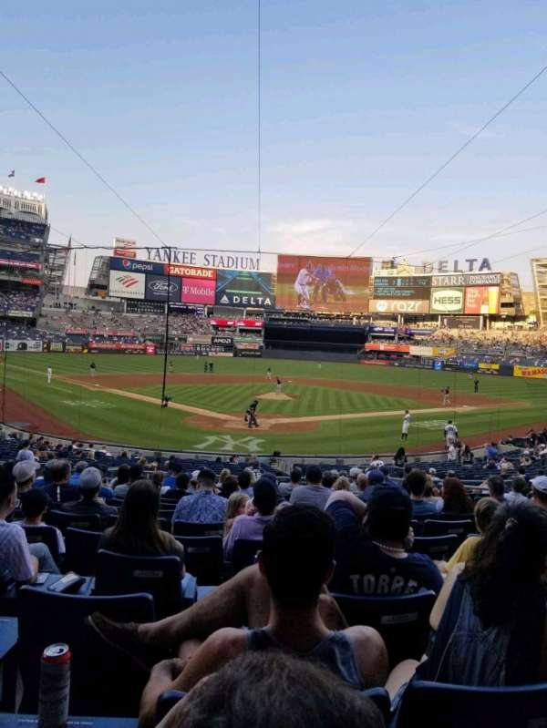 Yankee Stadium, vak: 120A, rij: 15, stoel: 5