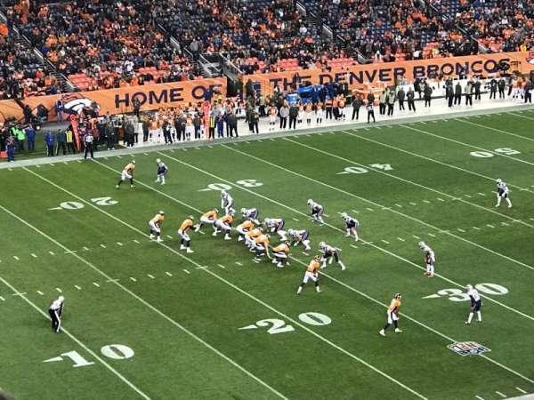 Broncos Stadium at Mile High, vak: 343, rij: 10, stoel: 7