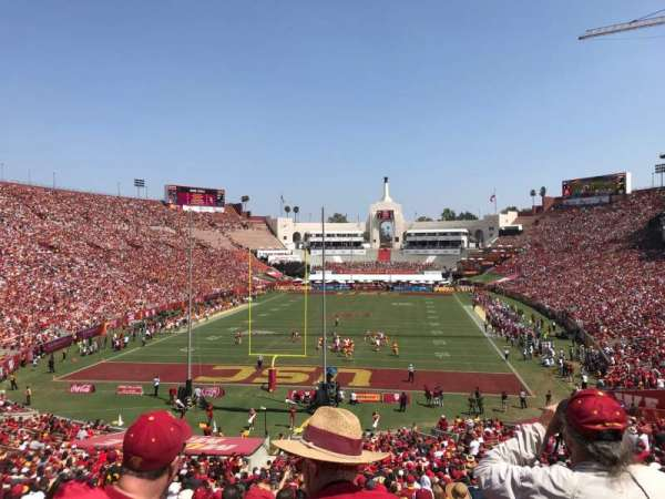 Los Angeles Memorial Coliseum, vak: 212, rij: 1, stoel: 34