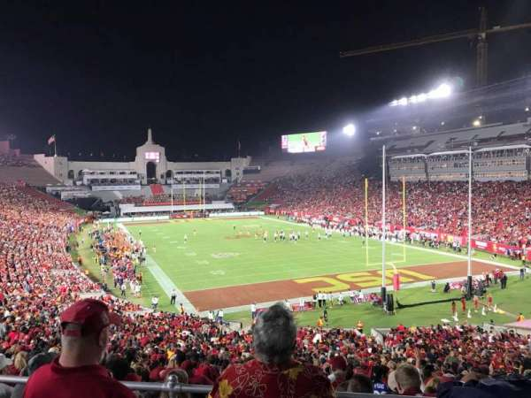 Los Angeles Memorial Coliseum, vak: 216, rij: 2, stoel: 6