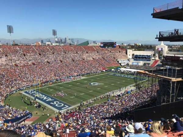 Los Angeles Memorial Coliseum, vak: 11L, rij: 93, stoel: 2