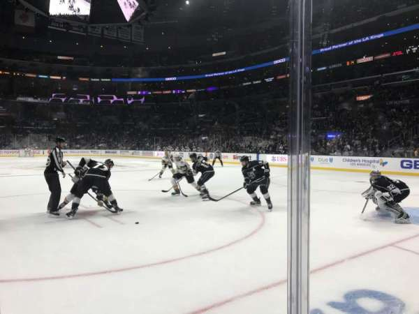 Staples Center, vak: 108, rij: 3, stoel: 1