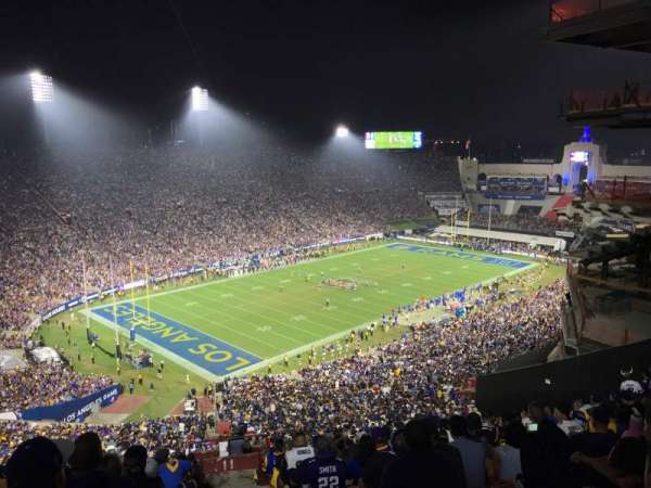Los Angeles Memorial Coliseum, vak: 11L, rij: 93, stoel: 1
