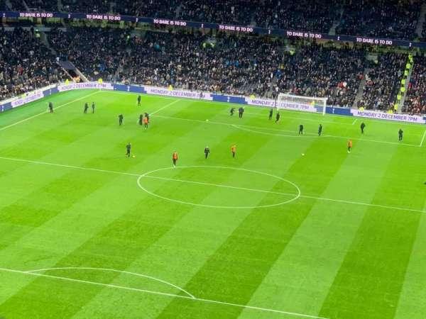 Tottenham Hotspur Stadium, vak: 323, rij: 62, stoel: 157
