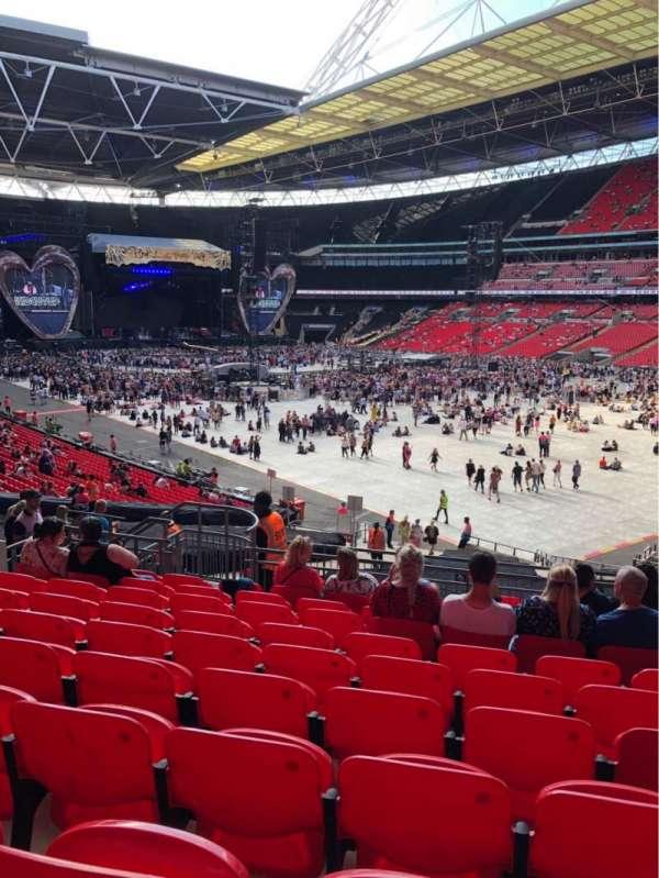 Wembley Stadium, vak: 116, rij: 40, stoel: 145