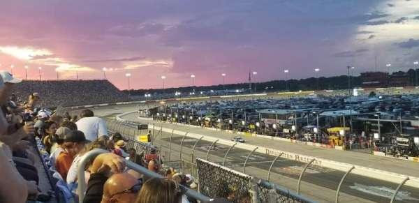 Darlington Raceway, vak: Tyler Tower F, rij: 5, stoel: 17