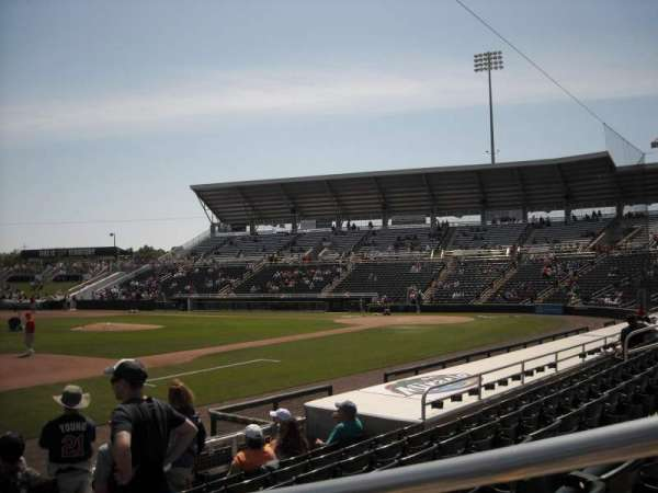 Hammond Stadium, vak: 115, rij: 7, stoel: 1