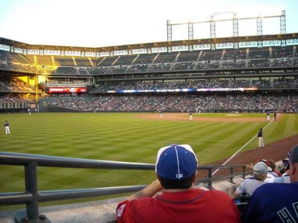 Coors Field, vak: 150, rij: 18, stoel: 3