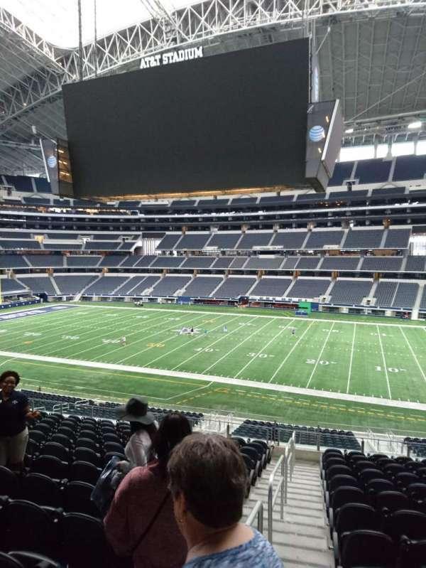 AT&T Stadium, vak: C108, rij: 15, stoel: 21