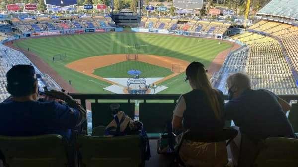 Dodger Stadium, vak: 1RS, rij: W, stoel: 1-4