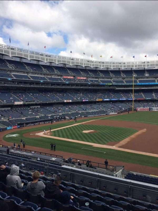 Yankee Stadium, vak: 214A, rij: 14, stoel: 5