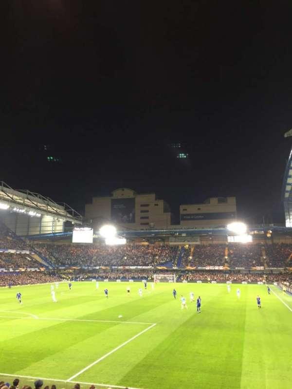 Stamford Bridge, vak: Matthew Harding Lower 10, rij: T, stoel: 305