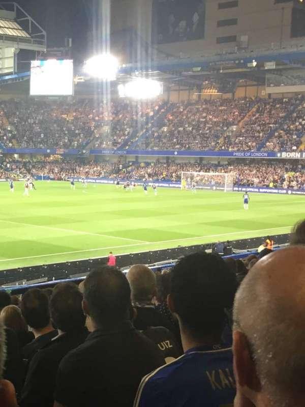 Stamford Bridge, vak: West stand lower, rij: 31, stoel: 190