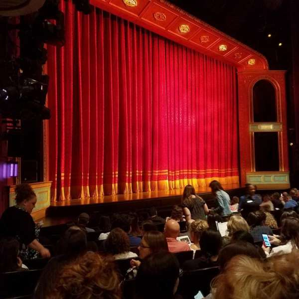 Marquis Theatre, vak: Left Orchestra, rij: J, stoel: 19