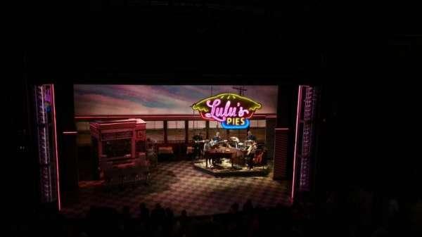 Brooks Atkinson Theatre, vak: Rear Mezzanine LC, rij: E, stoel: 116