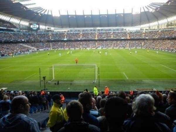 Etihad Stadium (Manchester), vak: 115, rij: AA, stoel: 403