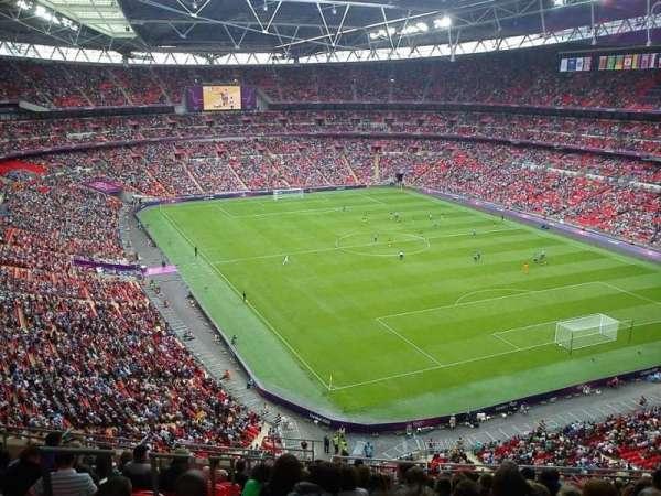Wembley Stadium, vak: 544, rij: 15, stoel: 124