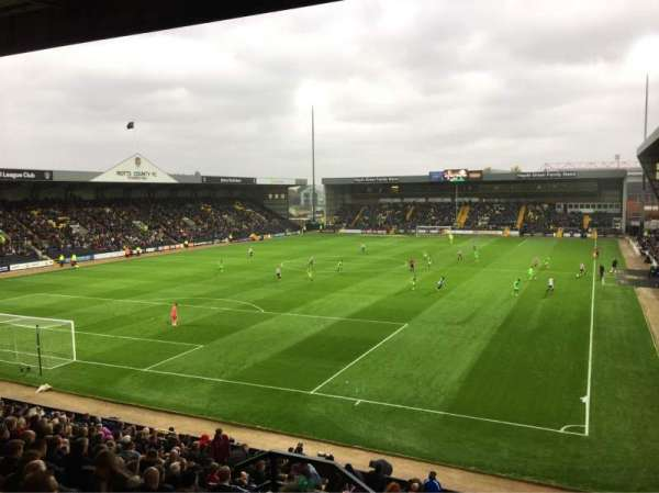 Meadow Lane, vak: KAL, rij: U