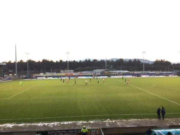 Caledonian Stadium, vak: Upper F, rij: P, stoel: 1