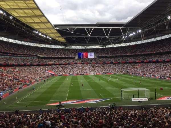 Wembley Stadium, vak: 135, rij: 34, stoel: 36