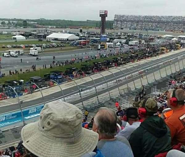 Dover International Speedway, vak: 117, rij: 28, stoel: 5