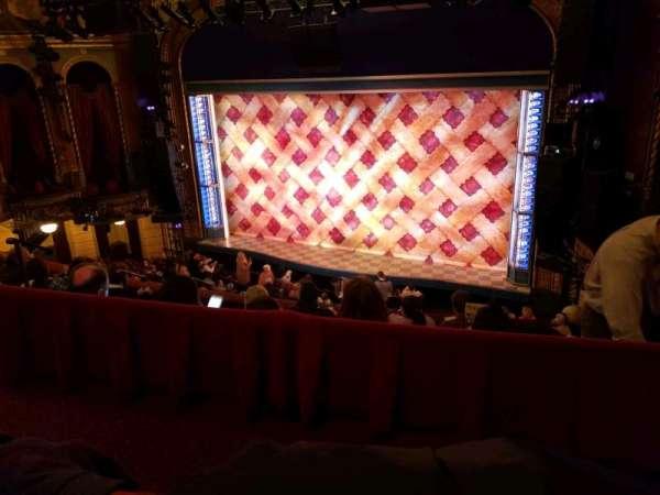 Brooks Atkinson Theatre, vak: Center Mezzanine, rij: E, stoel: 101
