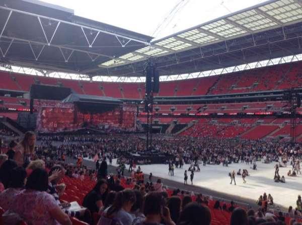 Wembley Stadium, vak: 118, rij: 28, stoel: 201