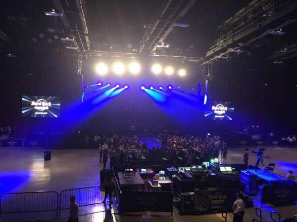 Hard Rock Live at Etess Arena, vak: 208, rij: K, stoel: 10