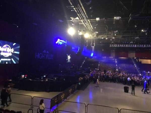 Hard Rock Live at Etess Arena, vak: 213, rij: J, stoel: 7