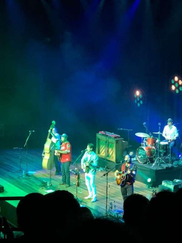 Ryman Auditorium, vak: 9, rij: G