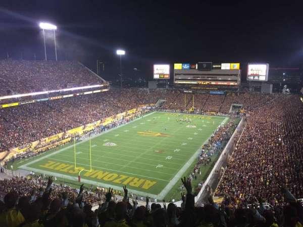 Sun Devil Stadium, vak: 219, rij: 33, stoel: 11
