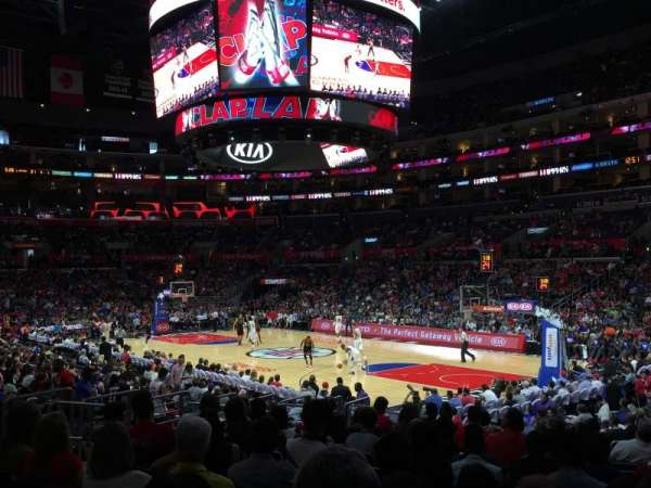 Staples Center, vak: 108, rij: 16, stoel: 19