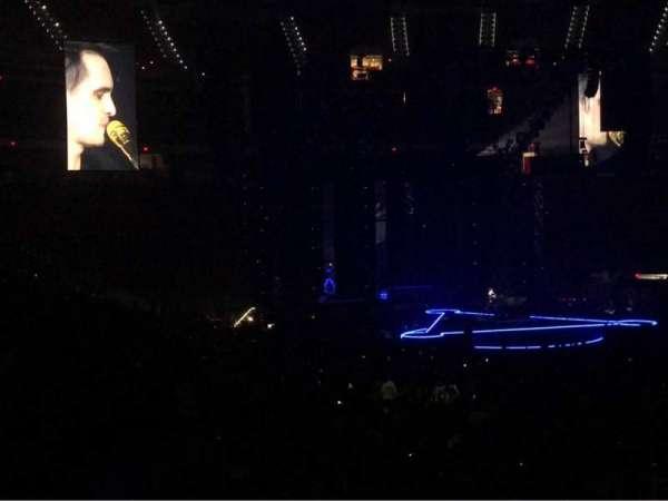 PNC Arena, vak: 130, rij: T, stoel: 8