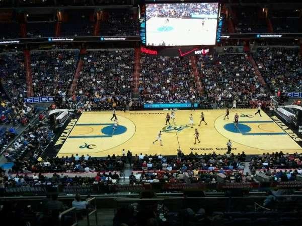 Capital One Arena, vak: 300