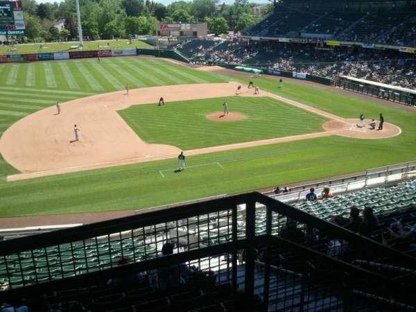Smith's Ballpark, vak: r, rij: 6, stoel: 47