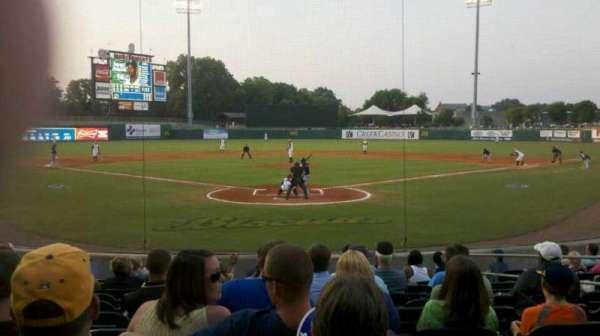Montgomery Riverwalk Stadium, vak: 111, rij: 12, stoel: 8