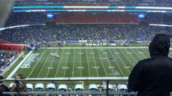 Gillette Stadium, vak: 333, rij: 10, stoel: 11