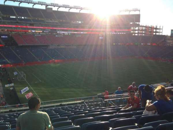 Gillette Stadium, vak: 336, rij: 14
