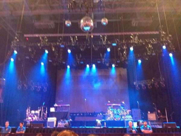 Mohegan Sun Arena, vak: 2, rij: J