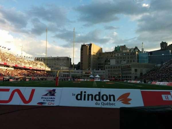 Percival Molson Memorial Stadium, vak: P3, rij: 1, stoel: 12