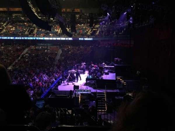Mohegan Sun Arena, vak: 14, rij: T, stoel: 3