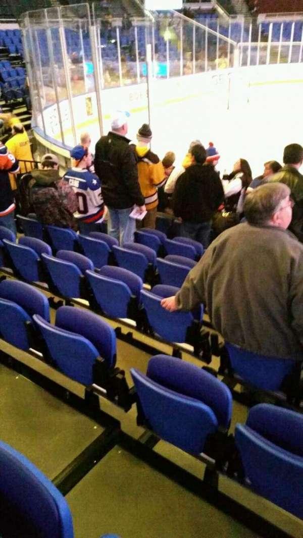 Old Nassau Veterans Memorial Coliseum, vak: 118, rij: f, stoel: 6