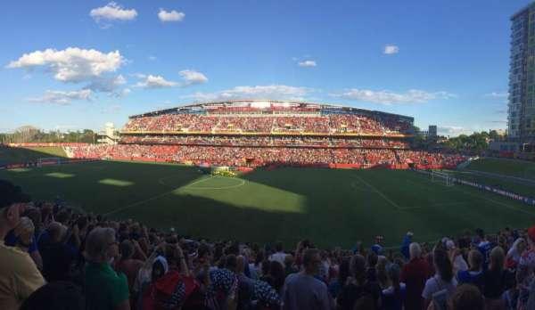 TD Place Stadium, vak: D, rij: 16, stoel: 9