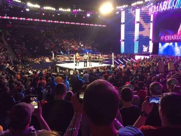 Bridgestone Arena, vak: 104, rij: GG, stoel: 11