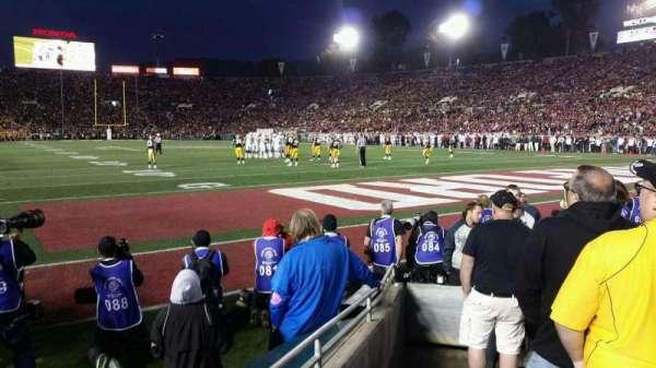 Rose Bowl, vak: 24-L, rij: F, stoel: 27
