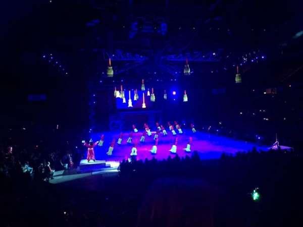 Van Andel Arena, vak: 102, rij: P, stoel: 5