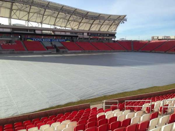 Rio Tinto Stadium, vak: 4, rij: p, stoel: 15