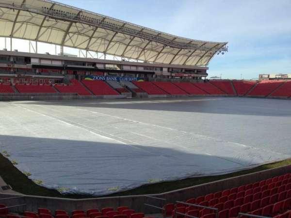 Rio Tinto Stadium, vak: 6, rij: p, stoel: 10