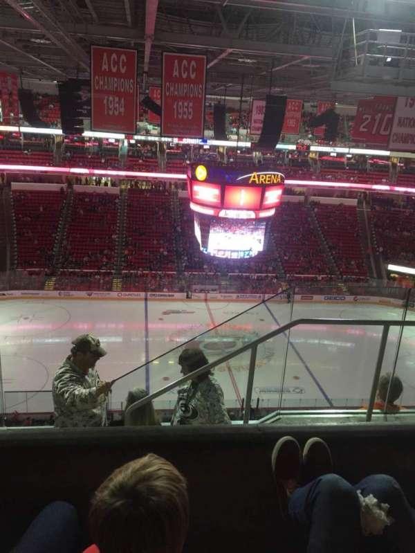 PNC Arena, vak: 305, rij: E, stoel: 3