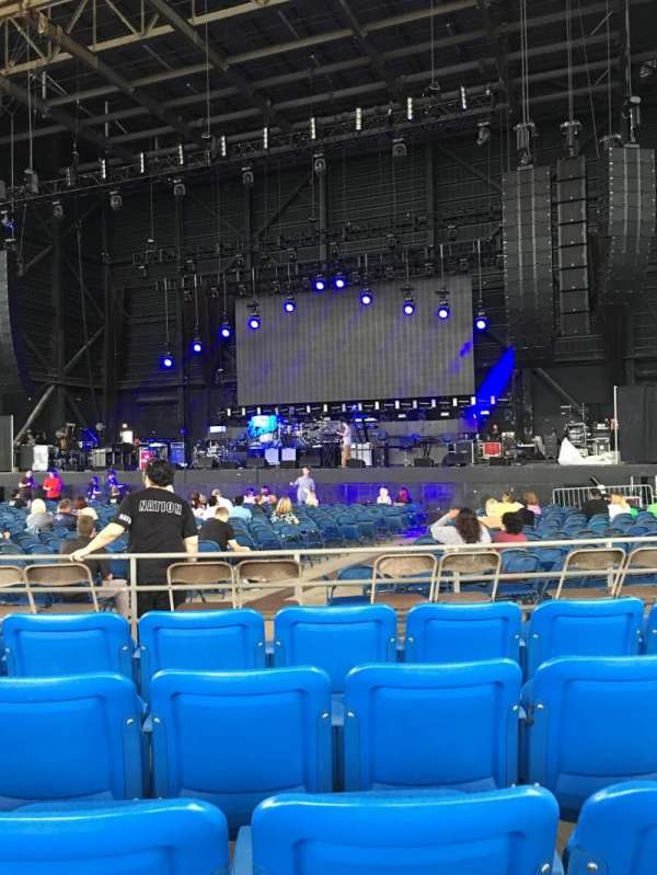 MidFlorida Credit Union Amphitheatre, vak: 6, rij: F, stoel: 13